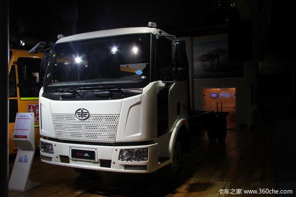 解放 J6L中卡 140马力 4X2 载货车(底盘)(新道依茨)