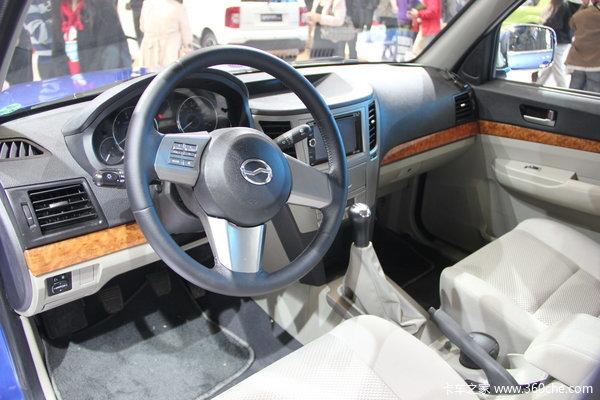 2013款中兴 威虎TUV 2.8L汽油 双排皮卡驾驶室图