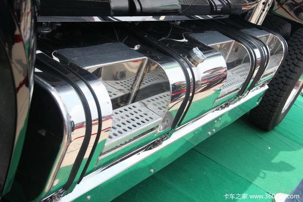 2013款福特 F-650系列 6.7L柴油 四驱 双排皮卡底盘图