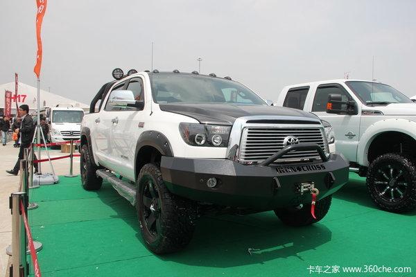2011款丰田 坦途5700 越野改装版 5.7L汽油 四驱 双排皮卡