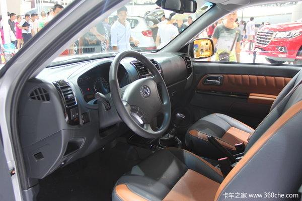 2013款长城 风骏5欧洲版 精英型 2.0L柴油 四驱 大双排皮卡驾驶室图