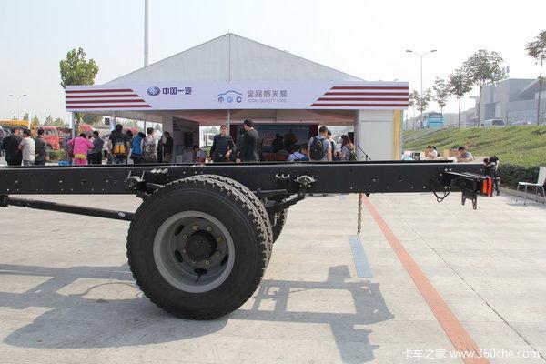 解放 J6L中卡 160马力 4X2 栏板载货车(CA1160P62K1L3E)底盘图