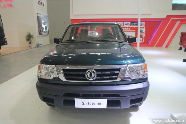 2013款郑州日产 东风锐骐 标准型 2.2L柴油 四驱 双排皮卡外观图