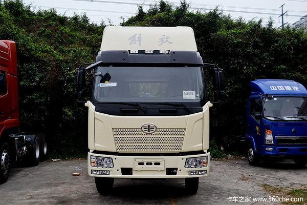 解放 J6L中卡 180马力 4X2 排半载货车(底盘)(CA5160XXYP62K1L5E)外观图