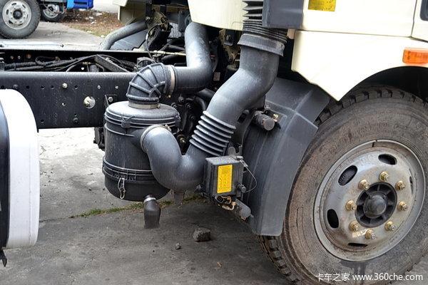 解放 J6L中卡 180马力 4X2 排半载货车(底盘)(CA5160XXYP62K1L5E)底盘图
