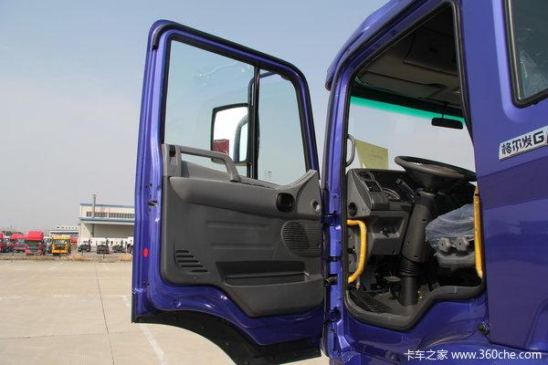 江淮 格尔发K3系列中卡 160马力 4X2 排半载货车(HFC5161XXYPZ5K1E1F)驾驶室图