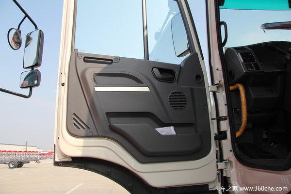 江淮 格尔发K3系列重卡 375马力 8X4 自卸车(HFC3311P1K6H38F)驾驶室图