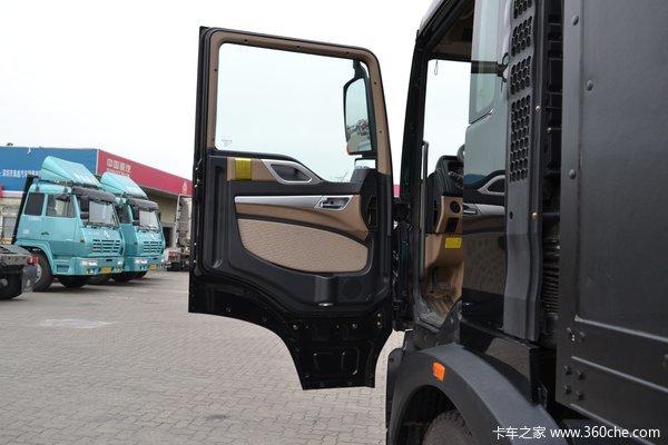中国重汽 HOWO T5G重卡 280马力 4X2 厢式载货车(ZZ5167ZKXM561GD1)驾驶室图