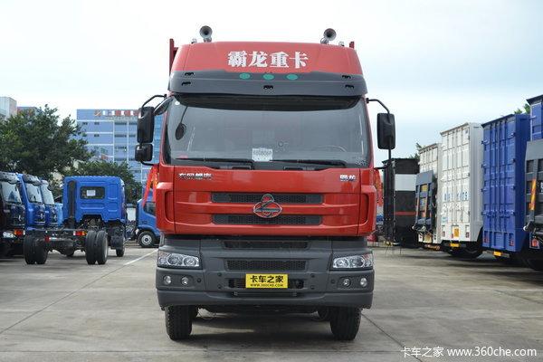 东风柳汽 霸龙重卡 280马力 8X4 排半载货车(LZ1311QELA)外观图