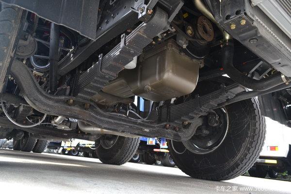 东风柳汽 霸龙重卡 280马力 8X4 排半载货车(LZ1311QELA)底盘图