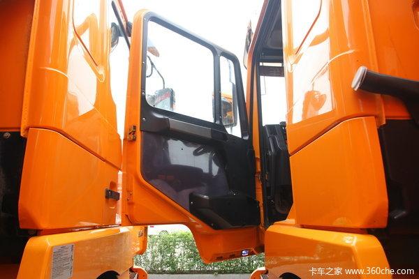 陕汽 德龙F3000重卡 336马力 6X4 自卸车(SX3256DR3841)驾驶室图
