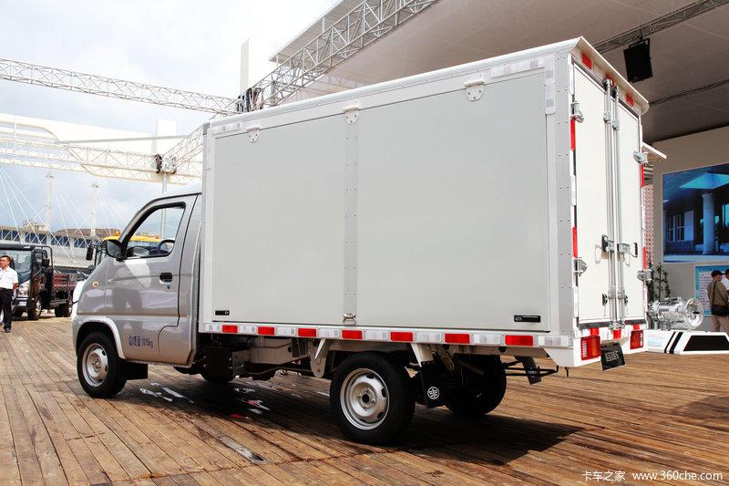 一汽吉林 佳宝 1.0L 58马力 汽油 单排厢式微卡图片
