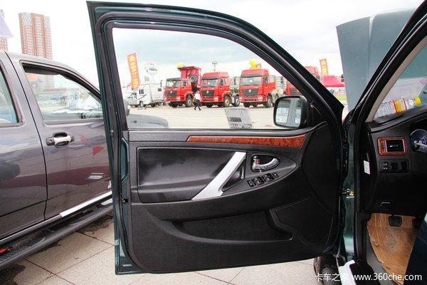 江铃 骐铃 2.8L柴油 长厢双排皮卡驾驶室图