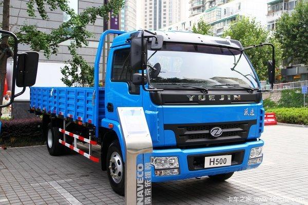 南京依维柯 跃进 帅虎H500 113马力 4X2 5.105米单排栏板式载货车(NJ1050DCJT5)