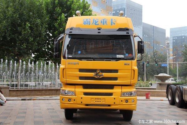 东风柳汽 霸龙重卡 245马力 6X2 排半厢式载货车(LZ1200M3CAT)外观图