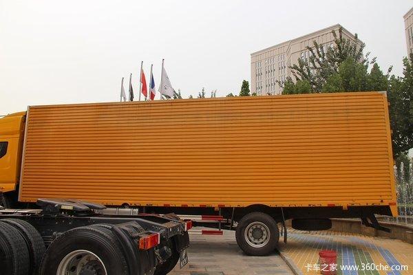 东风柳汽 霸龙重卡 245马力 6X2 排半厢式载货车(LZ1200M3CAT)上装图