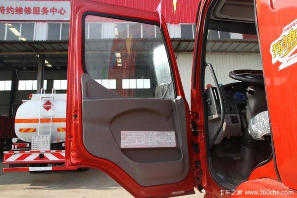 东风柳汽 乘龙中卡 170马力 4X2 载货车底盘(LZ1165M3AAT)驾驶室图