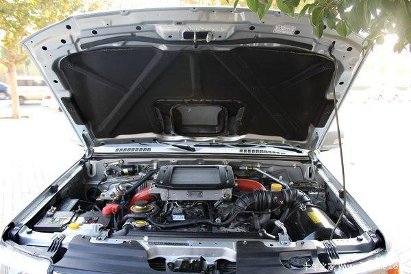 2014款郑州日产 东风锐骐 豪华型 3.0L柴油 四驱 双排皮卡底盘图