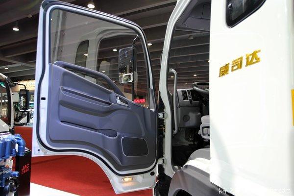江淮 帅铃威司达W570 160马力 4X2 7.55米厢式载货车(标准版)(HFC5162XXYP70K1E1)驾驶室图
