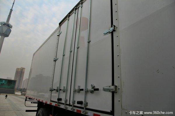 陕汽德龙新M3000 245马力 6X2 厢式载货车(SX5256XXYMK549)上装图