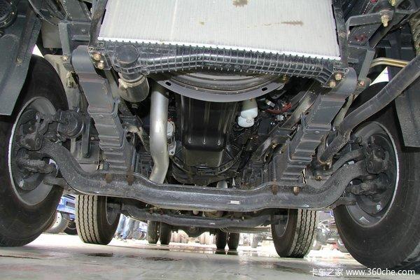 东风柳汽 霸龙重卡 245马力 6X2 排半厢式载货车(LZ5200XXYM5CA)底盘图