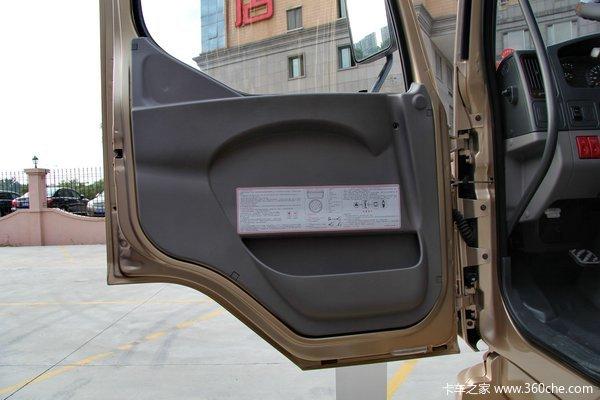 东风柳汽 乘龙中卡 170马力 4X2 仓栅载货车(LZ5120CCYRAPA)驾驶室图