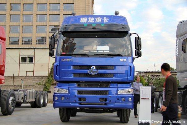 东风柳汽 霸龙重卡 320马力 8X4 排半载货车底盘(LZ1311QELA)
