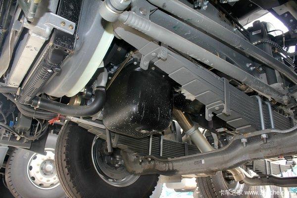 中国重汽 HOWO T5G重卡 340马力 8X4 载货车底盘(ZZ1317N466GD1)底盘图