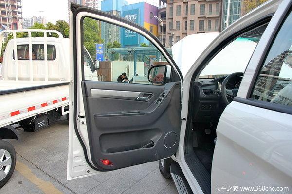 江淮 帅铃T6 至尊版 2.8L柴油 皮卡驾驶室图