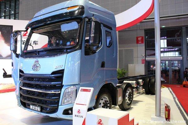 东风柳汽 乘龙H7重卡 320马力 8X4 载货车底盘(豪华版)(LZ1311QELAT)