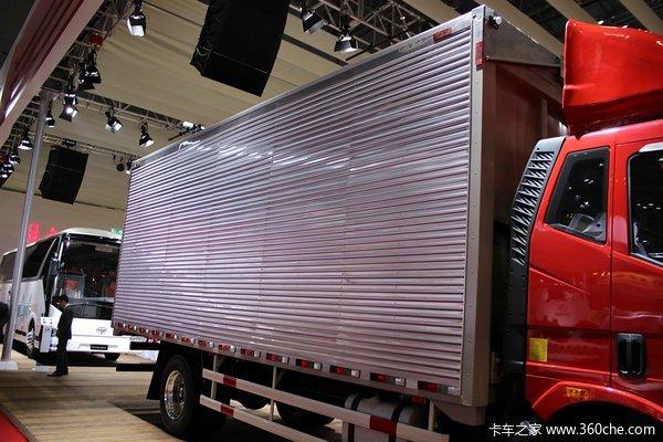 解放 J6L中卡 180马力 4X2 厢式载货车(CA5160XYKP62K1L3A2E4)上装图