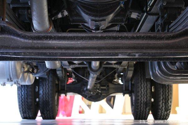 中国重汽 HOWO T5G重卡 180马力 4X2 排半厢式载货车(ZZ5167XXYK501GE1)底盘图