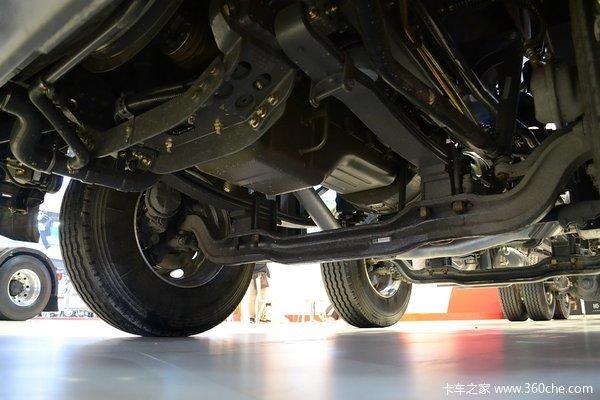 东风柳汽 乘龙H7重卡 320马力 8X4 载货车底盘(豪华版)(LZ1311QELAT)底盘图