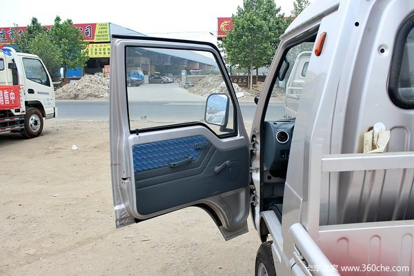 凯马 锐菱 1.051L 60马力 汽油 单排栏板式微卡驾驶室图