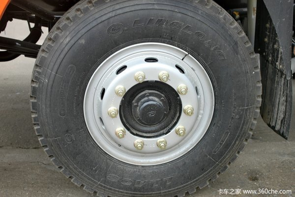 华菱之星 重卡 300马力 8X4 9.6米载货车底盘(HN1310C27D6M4J)底盘图