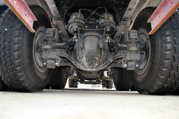 陕汽 德龙新M3000 336马力 8X4 自卸车(SX3316HR406)底盘图