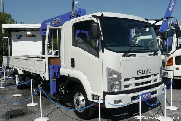 五十铃 FRR中卡 185马力 4X2 栏板载货车(FRR33)