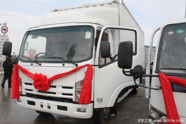 庆铃 700P系列中卡 175马力 4X2 厢式载货车(QL5100XTPAR)外观图