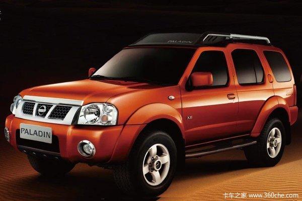 2011款郑州日产 东风锐骐 标准型 2.5L柴油 四驱 双排厢式皮卡外观图