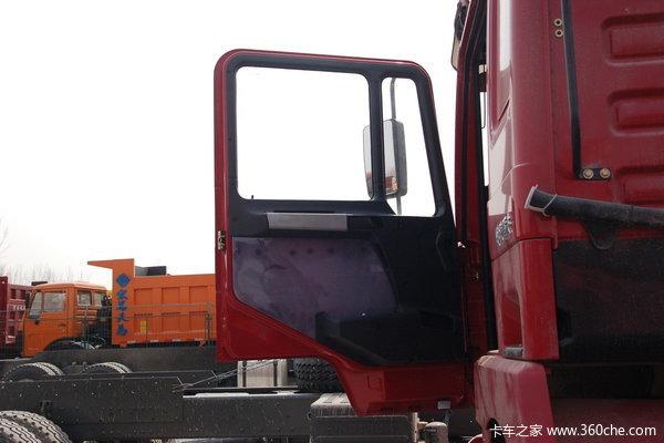 陕汽 德龙F3000重卡 290马力 6X4 自卸车(SX3255DN3841)驾驶室图