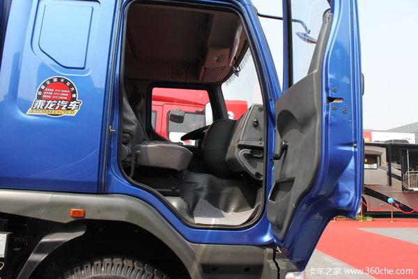 东风柳汽 乘龙609中卡 140马力 4X2 排半仓栅载货车(LZ5163CSRAP) 驾驶室图