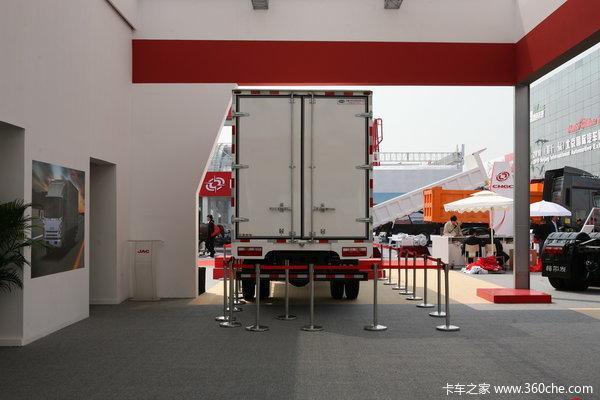 江淮帅铃III 156马力 4X2 6.2米排半厢式载货车(HFC1083)上装图