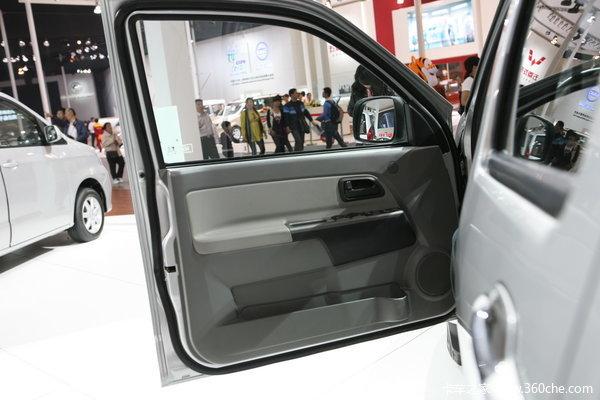 2011款长城 风骏5 超豪华型 商务版 2.4L汽油 大双排皮卡驾驶室图