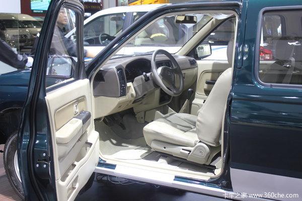 2011款郑州日产 东风锐骐 标准型 3.0L柴油 双排皮卡驾驶室图