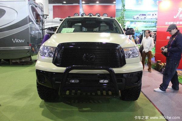 丰田 坦途5700 4.7L柴油 四驱 双排皮卡外观图