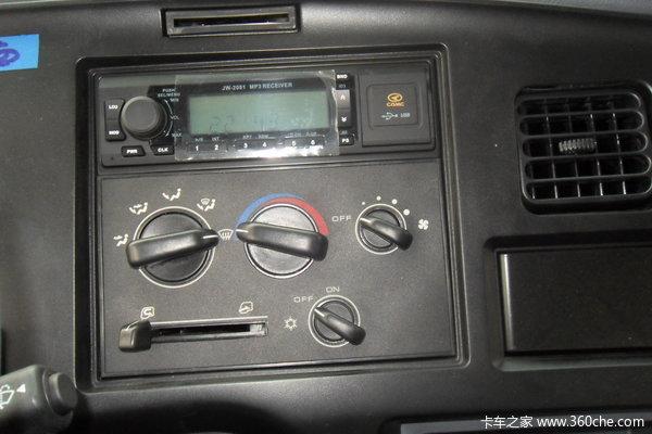 华菱重卡 300马力 6X4 自卸车(HN3252P34C9M3)驾驶室图