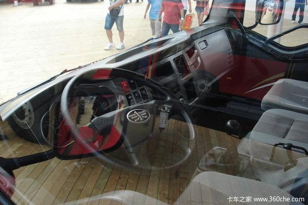 解放 J6L中卡 140马力 4X2 载货车(底盘)(CA1160P62K1L3E)驾驶室图