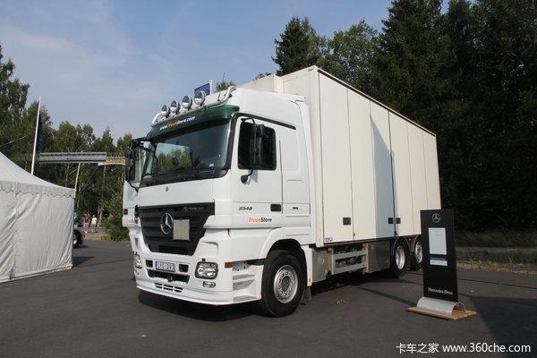 奔驰 Actros重卡 480马力 6X2 厢式载货车(型号2548L)