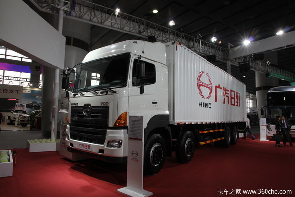广汽日野 700系列重卡 350马力 8X4 厢式载货车(YC5310XXYFY2PY)
