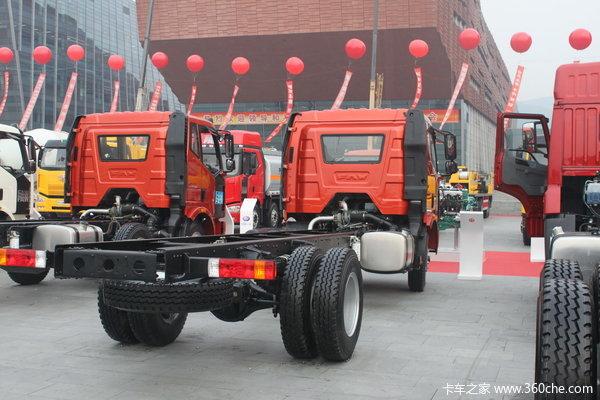 解放 J6L中卡 标准型 140马力 4X2 载货车(CA1160P61K1L4E)底盘图